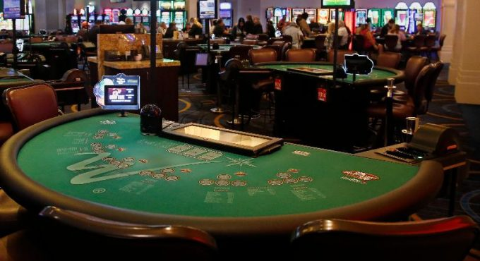Six Tricks To Reinvent Your Gambling And Win
